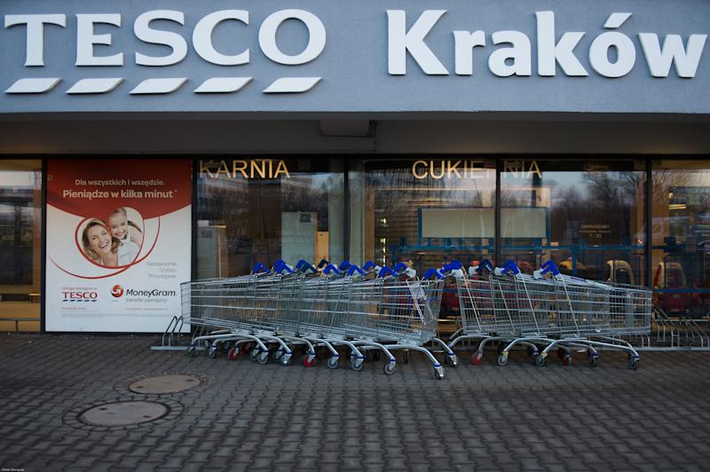 KRAKOW, POLAND - 2018/03/11: Tesco supermarket seen closed as the first Sunday shopping ban takes effect in Krakow. The government introduced a new law, that limits bans trade on two Sundays per month, rising to three Sundays a month from 2019. (Photo by Omar Marques/SOPA Images/LightRocket via Getty Images)