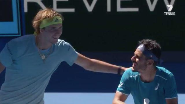 Brillant moment between opponents. Image: Channel 7