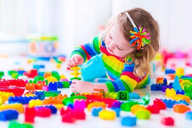 How to Develop Your Child's Brain: 19 Months - Fine Motor Skills