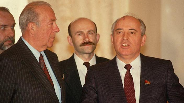 Soviet leader Mikhail Gorbachev meets with American Secretary of State George Schultz in Moscow
