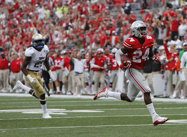 Ohio State S Malik Hooker (R) is a threat every time he intercepts a pass. (AP)