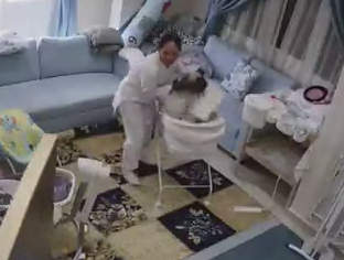 The main was seen snatching the baby out of its bassinet and sprinting out of the room. Source: Reddit/tothetentpower