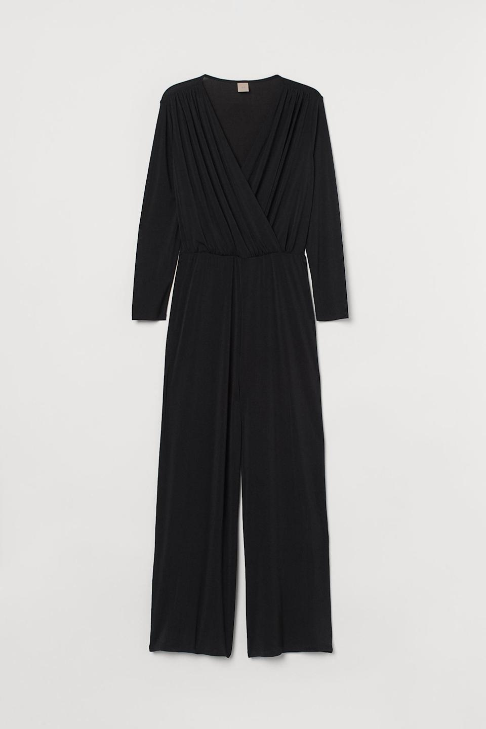 <p>There are so many ways to style this <span>H&amp;M+ V-Neck Jumpsuit </span> ($17, originally $35).</p>
