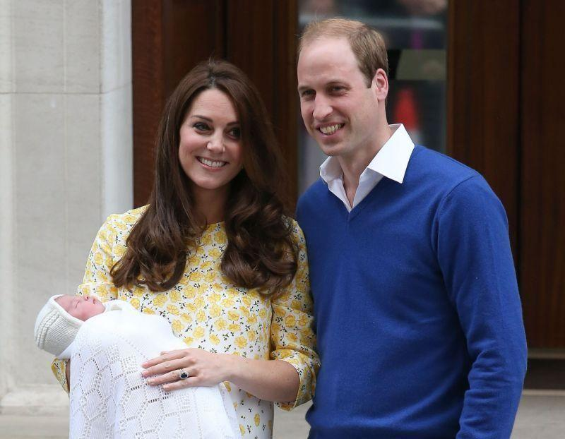 The Duke and Duchess of Cambridge outside the Lindo Wing after Princess Charlotte's delivery. Source: Getty