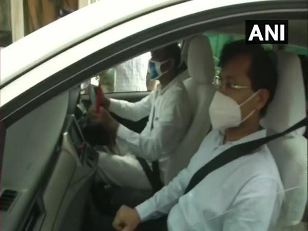 A visual of Tukaram Mundhe as he left the NMC office. (Photo/ANI)