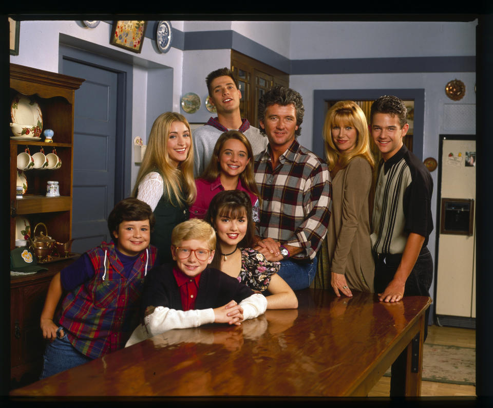 STEP BY STEP - Cast Gallery - Shoot Date: August 16, 1993. (Photo by ABC Photo Archives/ABC via Getty Images) FRONT ROW (L-R): JOSH BYRNE;CHRISTOPHER CASTILE;ANGELA WATSON BACK ROW (L-R): STACI KEANAN;CHRISTINE LAKIN;SASHA MITCHELL;PATRICK DUFFY;SUZANNE SOMERS;BRANDON CALL