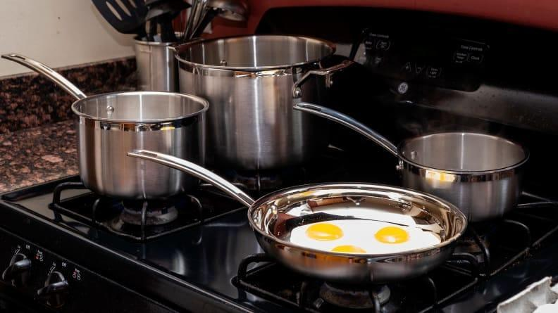 The Cuisinart MCP-12N cookware combines hight performance and great valuew while being safe for induction cooktops.