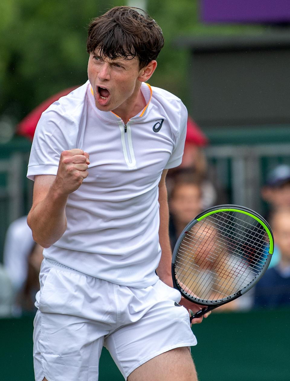 Jack Pinnington Jones in the Boys' Singles on Court 17 at The Championships 2021. Held at The All England Lawn Tennis Club, Wimbledon. Day 10 08/07/2021. Credit: AELTC/Jonathan Nackstrand