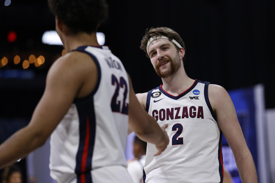 INDIANAPOLIS, INDIANA - MARCH 30: Drew Timme #2 of the Gonzaga Bulldogs reacts during the second half against the USC Trojans in the Elite Eight round game of the 2021 NCAA Men's Basketball Tournament at Lucas Oil Stadium on March 30, 2021 in Indianapolis, Indiana. (Photo by Jamie Squire/Getty Images)
