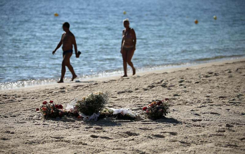 #ThomasCook flies Britons to #Tunisia three years after beach attack