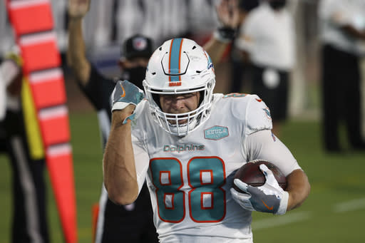 Dolphins' Gesicki hopes to polish his end zone celebrations