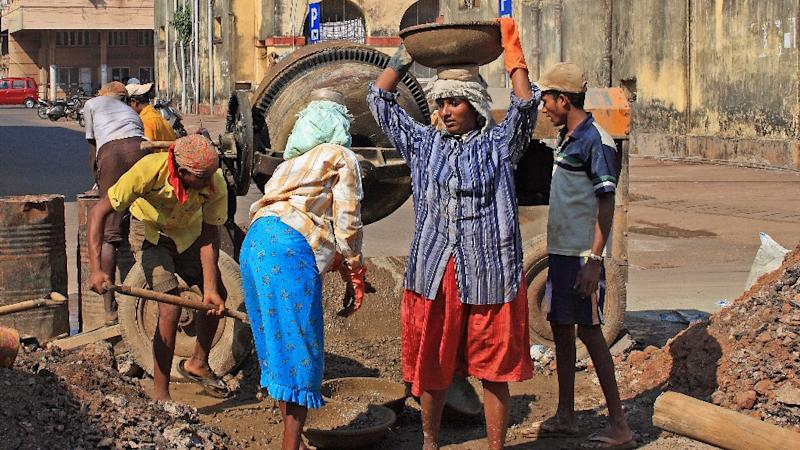Delhi Labourers to Get 37% Hike in Minimum Wages