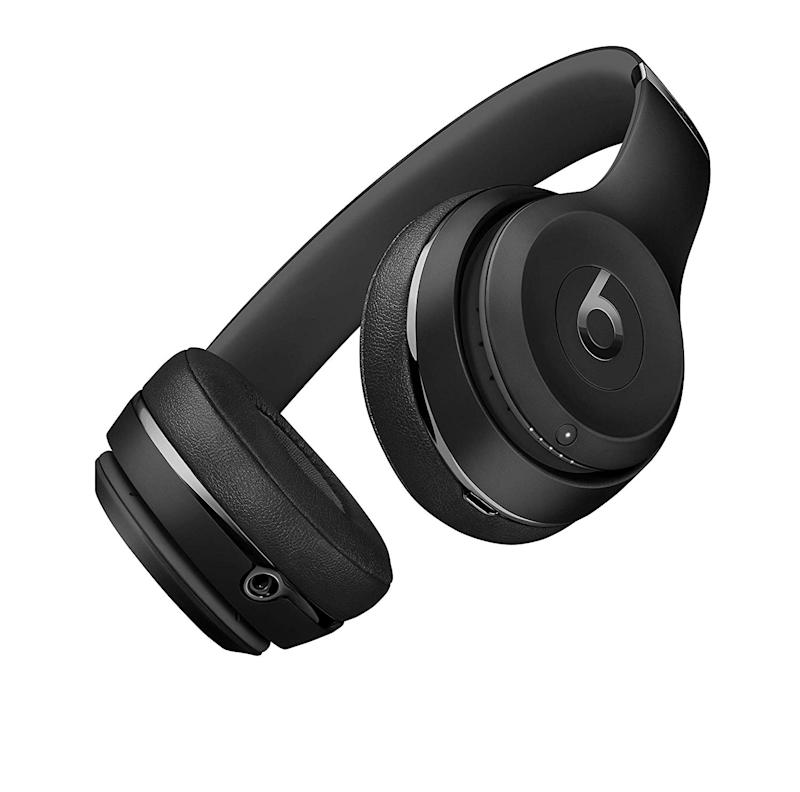 This is the lowest price we've ever seen on these headphones. (Photo: Amazon)