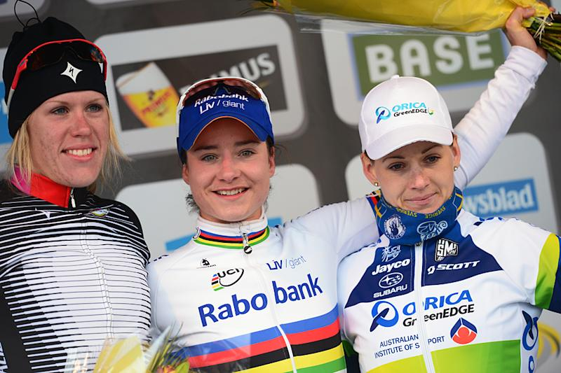 Marianne Vos wins the 2013 Tour of Flanders Women