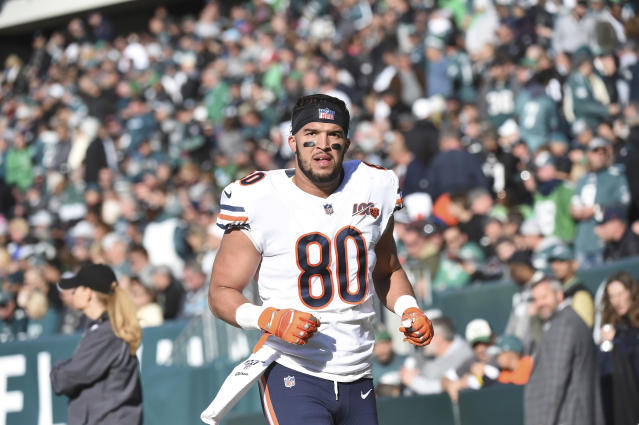 """The <a class=""""link rapid-noclick-resp"""" href=""""/nfl/teams/chicago/"""" data-ylk=""""slk:Chicago Bears"""">Chicago Bears</a> have placed tight end <a class=""""link rapid-noclick-resp"""" href=""""/nfl/players/27789/"""" data-ylk=""""slk:Trey Burton"""">Trey Burton</a> on injured reserve. (Photo by Andy Lewis/Icon Sportswire via Getty Images)"""