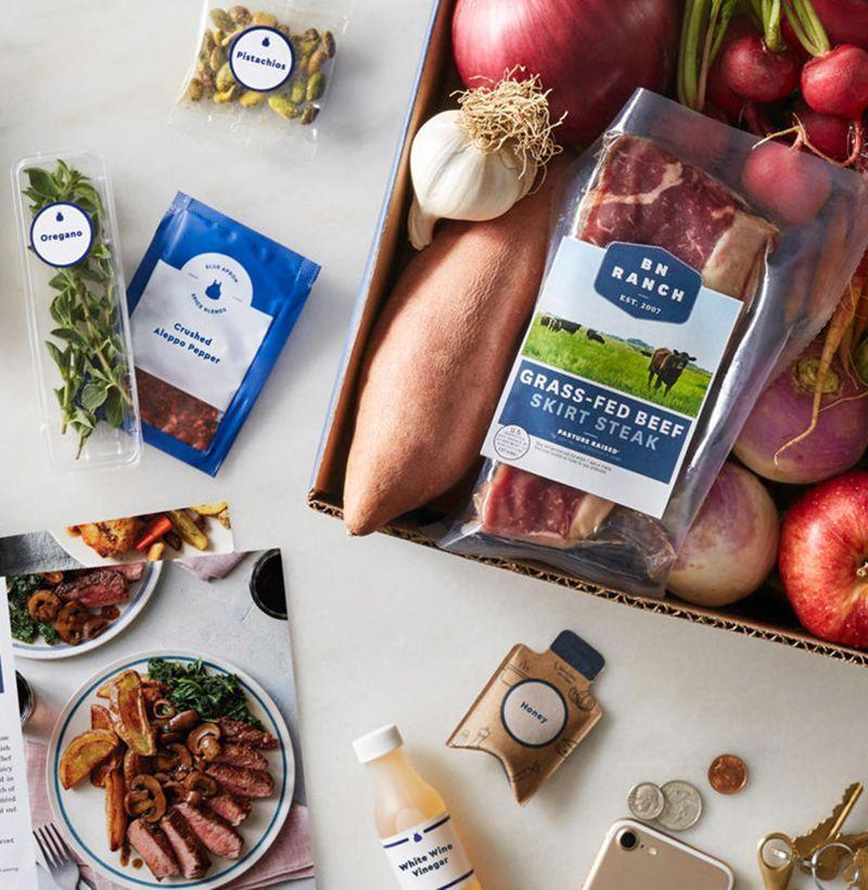 """<p><strong>Blue Apron</strong></p><p>blueapron.com</p><p><strong>$60.00</strong></p><p><a href=""""https://go.redirectingat.com?id=74968X1596630&url=https%3A%2F%2Fwww.blueapron.com%2Fgifts&sref=https%3A%2F%2Fwww.esquire.com%2Flifestyle%2Fg18726497%2Flast-minute-mothers-day-gift-ideas%2F"""" rel=""""nofollow noopener"""" target=""""_blank"""" data-ylk=""""slk:Buy"""" class=""""link rapid-noclick-resp"""">Buy</a></p><p>Blue Apron sends her all the ingredients she'll need for healthy, home-cooked meals.</p>"""