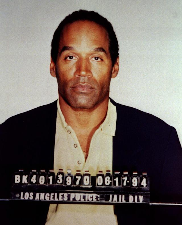 <p>Former Hall of Fame football star O.J. Simpson is shown in his official Los Angeles Police Department booking photo following his arrest for two murders in Calif., June 17, 1994. (Photo: Los Angeles Police Department /Reuters) </p>