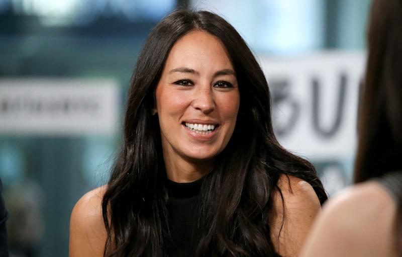 Joanna Gaines has 10 long-lasting makeup essentials she swears by. (Photo: Getty Images)