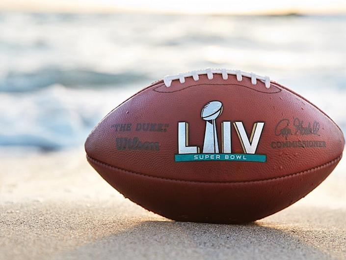 """<b>Photo: Miami Super Bowl Host Committee/<a href=""""https://www.facebook.com/MiamiSuperBowlCommittee/photos/a.421715681286538/1570701839721244/?type=3&theater"""" rel=""""nofollow noopener"""" target=""""_blank"""" data-ylk=""""slk:Facebook"""" class=""""link rapid-noclick-resp"""">Facebook</a></b>"""