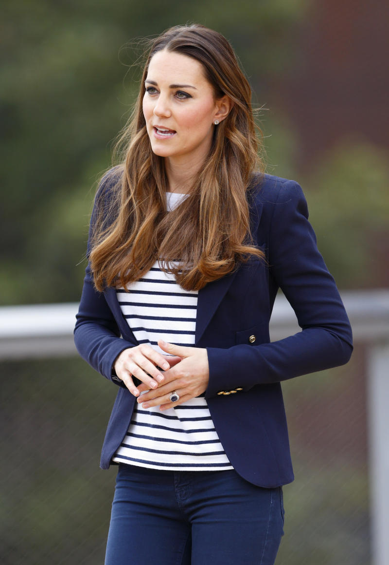 LONDON, UNITED KINGDOM - OCTOBER 18: (EMBARGOED FOR PUBLICATION IN UK NEWSPAPERS UNTIL 48 HOURS AFTER CREATE DATE AND TIME) Catherine, Duchess of Cambridge leaves the Copper Box Arena in the Queen Elizabeth Olympic Park after attending a SportsAid Athlete Workshop on October 18, 2013 in London, England. (Photo by Max Mumby/Indigo/Getty Images)