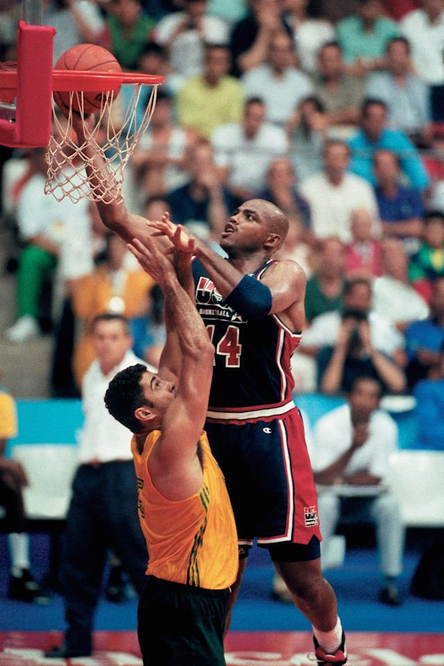 BARCELONA, SPAIN - 1992:  Charles Barkley #4 of the United States National Team attempts a layup during the1992 Summer Olympics in Barcelona, Spain.  NOTE TO USER: User expressly acknowledges that, by downloading and or using this photograph, User is consenting to the terms and conditions of the Getty Images License agreement. Mandatory Copyright Notice: Copyright 1992 NBAE (Photo by Andrew D. Bernstein/NBAE via Getty Images)