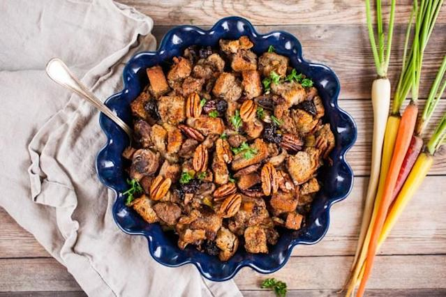 "<a href=""https://www.carrotsandflowers.com/vegan-stuffing-sausage-mushroom/"" rel=""nofollow noopener"" target=""_blank"" data-ylk=""slk:Stuffing with Mushroom, Apple Sage Sausage, and Pecans"" class=""link rapid-noclick-resp"">Stuffing with Mushroom, Apple Sage Sausage, and Pecans</a> by Carrots and Flowers. (Photo: Carrots and Flowers)"
