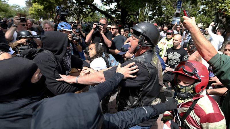Pro and Anti-Trump Demonstrators Clash at Berkeley, 20 Arrested