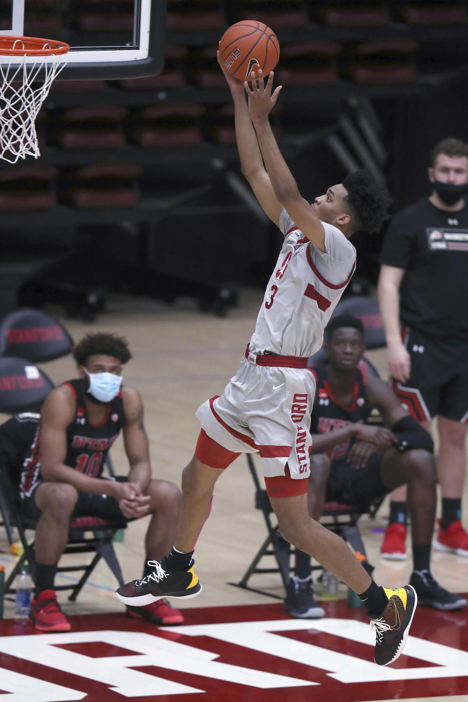 Stanford forward Ziaire Williams (3) scores during the first half of the team's NCAA college basketball game against Utah on Saturday, Feb. 13, 2021, in Stanford, Calif. (AP Photo/Scot Tucker)