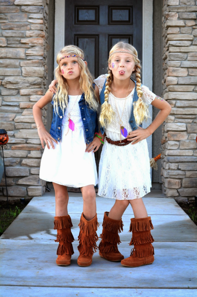 "<p>Little gal pals will look groovy in these <a rel=""nofollow"" href=""https://www.countryliving.com/diy-crafts/g22500148/70s-costumes/"">'70s-inspired Halloween costumes</a>.</p><p><strong>Get the tutorial at <a rel=""nofollow"" href=""http://minifashionaddicts.blogspot.com/2014/10/hippie-day.html"">Mini Fashion Addicts</a>.</strong></p><p><a rel=""nofollow"" href=""https://www.amazon.com/Off-Shoulder-Princess-Wedding-Dresses-Sundress/dp/B071GDZJJK/"">SHOP BOHO DRESSES</a></p>"
