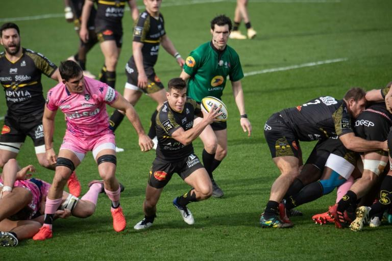 Thomas Berjon darted through the Stade defence to score his first try for La Rochelle