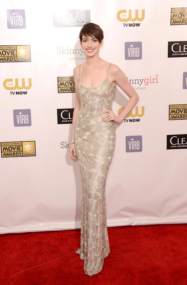 SANTA MONICA, CA - JANUARY 10:  Actress Anne Hathaway arrives at the 18th Annual Critics' Choice Movie Awards held at Barker Hangar on January 10, 2013 in Santa Monica, California.  (Photo by Jason Merritt/Getty Images)