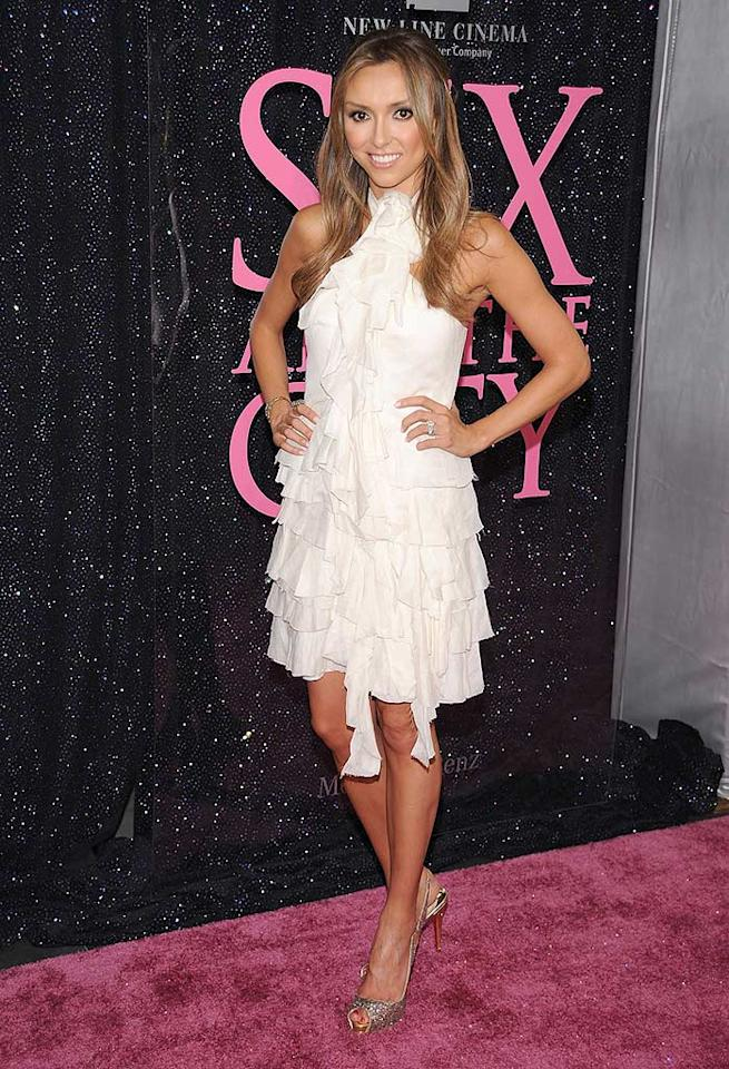 "Giuliana Rancic's dress would come in handy if there was no more TP in the ladies room. Jim Spellman/<a href=""http://www.wireimage.com"" target=""new"">WireImage.com</a> - May 27, 2008"
