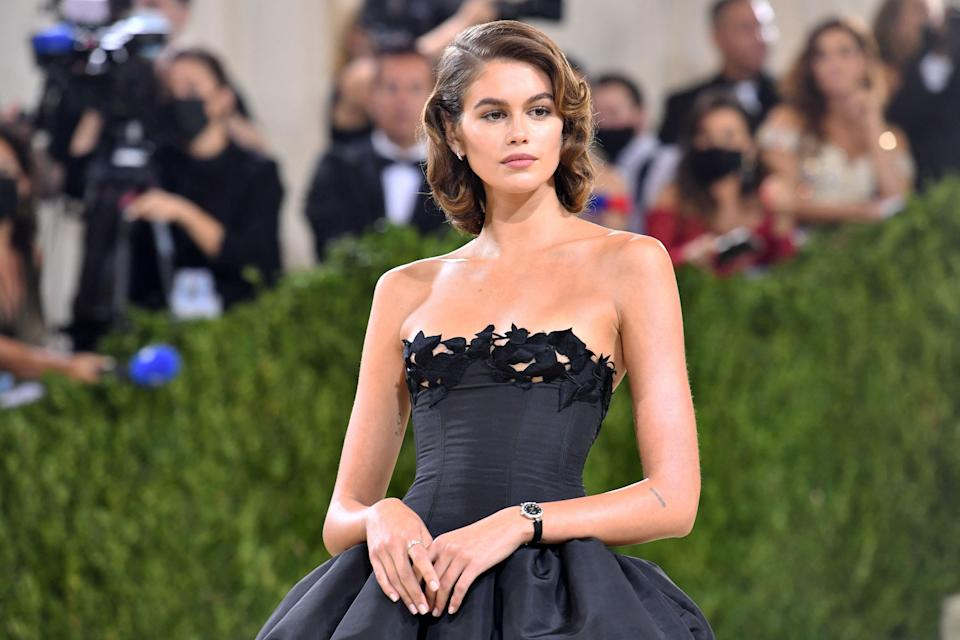 """<p class=""""body-dropcap"""">Last night saw the long-awaited return of the <a href=""""https://www.harpersbazaar.com/uk/fashion/a36092219/met-gala-2021/"""" rel=""""nofollow noopener"""" target=""""_blank"""" data-ylk=""""slk:Met Gala"""" class=""""link rapid-noclick-resp"""">Met Gala</a>, an event that is often dubbed 'the Oscars of fashion', and which always sees celebrities and designers pull out all the stops to create truly memorable red-carpet moments. After 18 months of cancelled events as a result of the Covid-19 pandemic, last night's gala was even more special than usual as the biggest supermodels, actresses, sports stars and influencers made their way up those very famous steps for the first time in a while.</p><p>This year's exhibition, and therefore the accompanying theme, was 'In America: A Lexicon of Fashion' or 'American Independence' which celebrates the Costume Institute's 75th anniversary and explores a modern vocabulary of American fashion. When it came to the gala outfits, we saw both obvious and subtle nods to American fashion, culture and history, while plenty of American designers were represented at the event.</p><p>It was a truly exciting night for fashion and there were plenty of memorable red-carpet moments. Here, we round up some of our favourites. Scroll down to see our 10 best looks from the <a href=""""https://www.harpersbazaar.com/uk/fashion/g37587260/met-gala-2021-red-carpet-all-looks/"""" rel=""""nofollow noopener"""" target=""""_blank"""" data-ylk=""""slk:2021 Met Gala red carpet. To see more fashion from the night, see every single attendee here"""" class=""""link rapid-noclick-resp"""">2021 Met Gala red carpet. To see more fashion from the night, see every single attendee here</a>.</p>"""