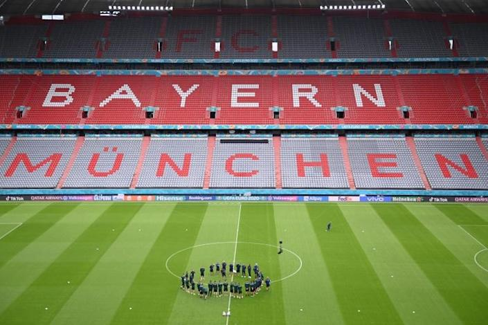 Italy's players trained on the pitch at the Allianz Arena in Munich on Thursday