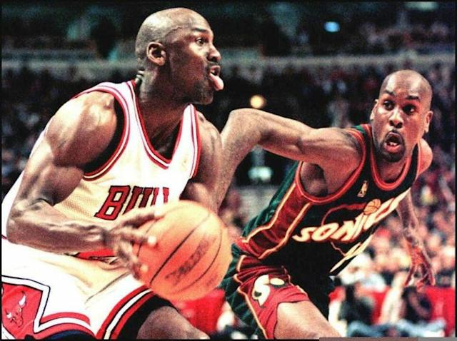 Michael Jordan during a game between Chicago and Seattle in March 1997 (AFP Photo/VINCENT LAFORET)