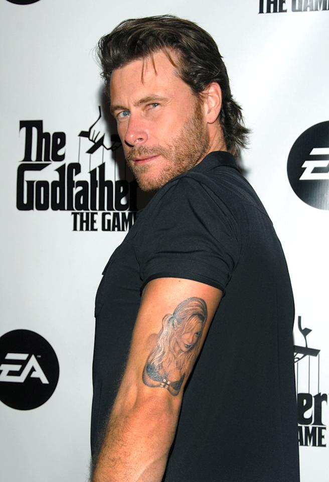 Dean McDermott with Tori Spelling tattoo (Photo by Mark Sullivan/WireImage)