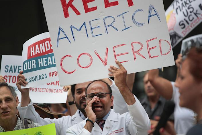 <p>Demonstrators protest changes to the Affordable Care Act on June 22, 2017 in Chicago, Ill. Senate Republican's unveiled their revised health-care bill in Washington today, after fine tuning it in behind closed doors. (Photo: Scott Olson/Getty Images) </p>