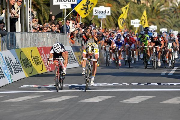Cavendish gets it on the line