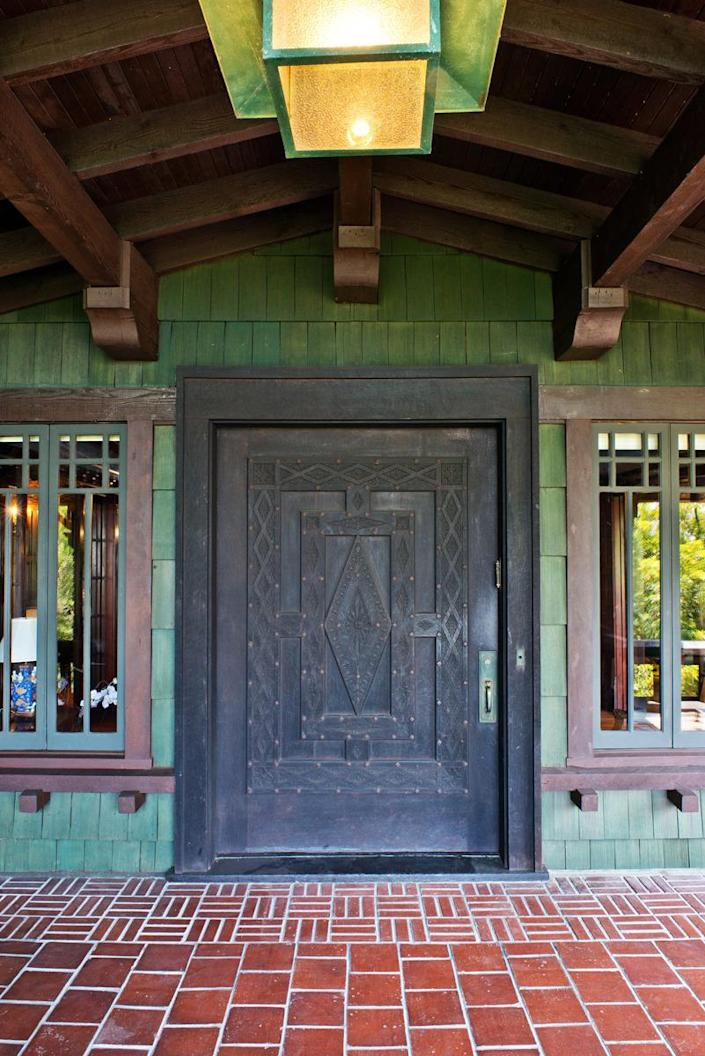 """<p>Artemesia """"reminded me of a ski lodge I'd seen in Norway, and once I opened the 5-foot-wide front door, I decided to buy it,"""" says owner Leonard Fenton. That was almost 30 years ago.</p>"""