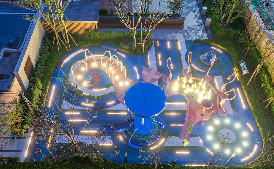 100 Architects' Seahorse Playground by night.