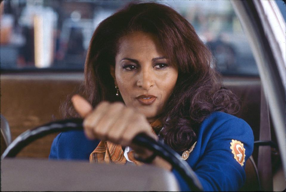 """Pam Grier is a flight attendant and part-time smuggler in """"Jackie Brown."""""""