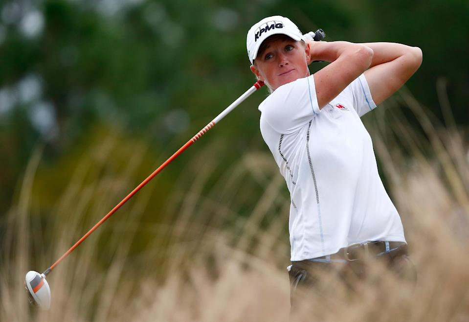 Stacy Lewis plays the second hole during the second round of the CME Group Tour Championship at Tiburon Golf Club on November 21, 2014, in Naples, Florida (AFP Photo/Sam Greenwood)