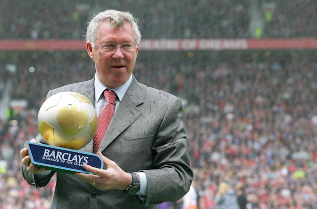 MANCHESTER, ENGLAND - MAY 22: Sir Alex Ferguson of Manchester United poses with the Barclays Manager of the Season award ahead of the Barclays Premier League match between Manchester United and Blackpool at Old Trafford on May 22, 2011 in Manchester, England. (Photo by Tom Purslow/Man Utd via Getty Images)