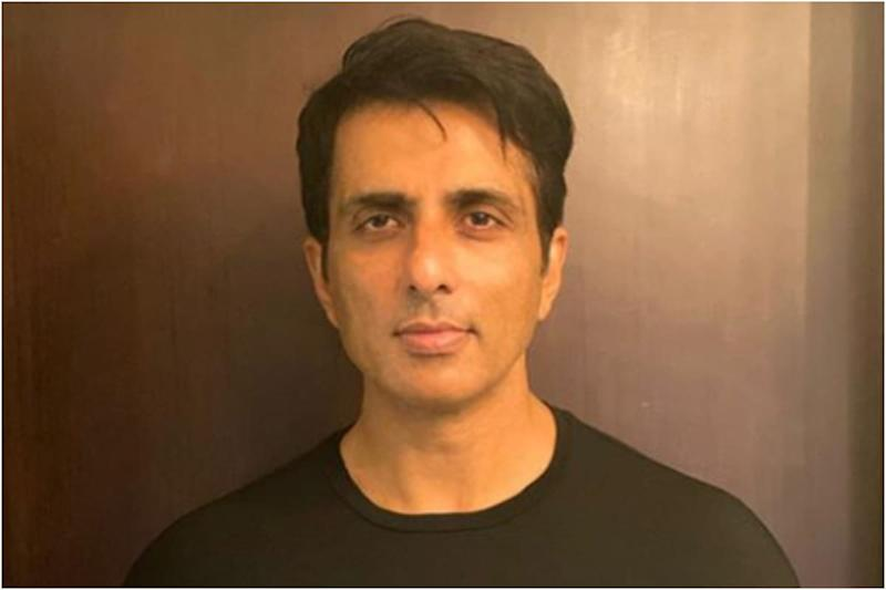 Sonu Sood Requests Government to Postpone NEET, JEE Exams Due to Coronavirus Threat