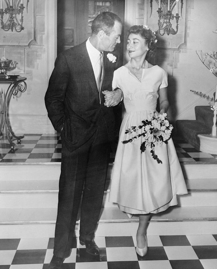 <p>When Henry Fonda traveled to Italy for a film, he had no idea he'd return with wife number four. In 1957, Henry married the Italian Baroness in an intimate ceremony in his New York City apartment. </p>