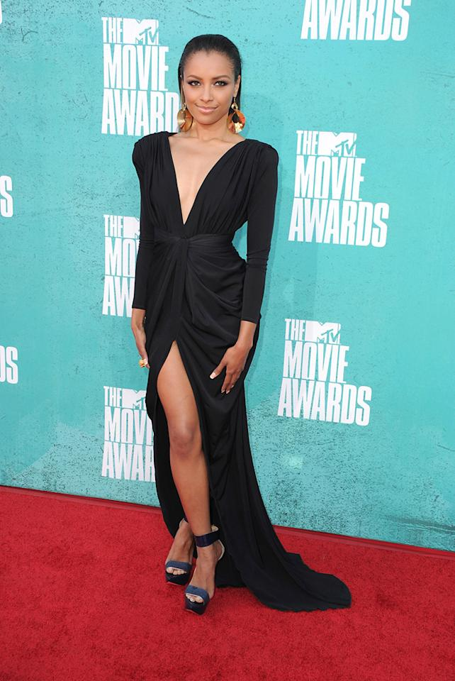Kat Graham arrives at the 2012 MTV Movie Awards.