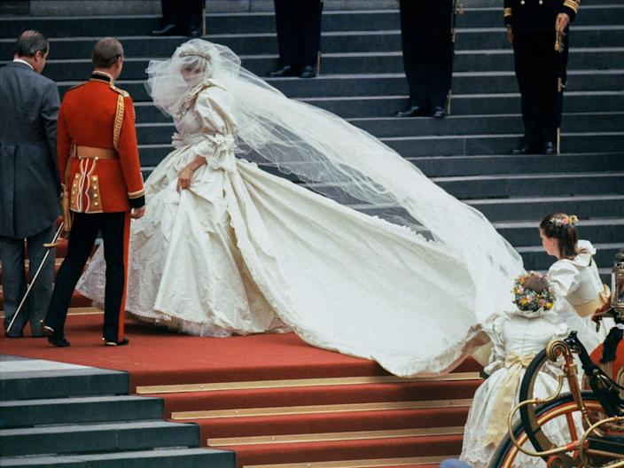 princess diana wedding dress no instruction