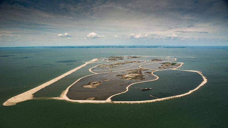 The vast expanse of Markermeer lake was until recently nothing more than a cloudy mass devoid of aquatic life (AFP Photo/Bram van de Biezen)