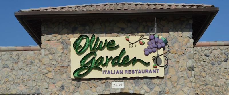 Columbus,OH/U.S.A. - July 24,2017: The exterior of an Olive Garden restaurant, showing the Olive Garden sign and logo.