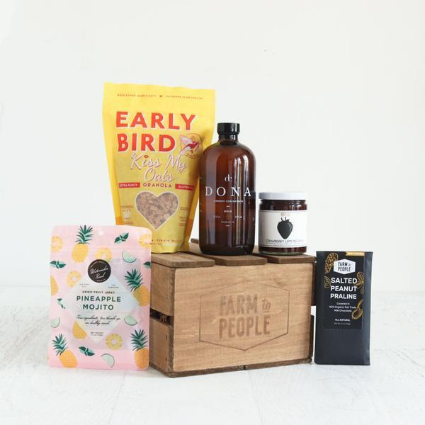 "<h3>Bring Brooklyn to Mom Bundle</h3><br><br>This Brooklyn-born online marketplace carries small-batch and artisanal foods from a wide range of trendy up-and-comers — and now it's offering gift bundles curated just for mom. Each order arrives in a Farm to People-customized tote bag or wooden crate, filled with speciality treats from raspberry-rose jams to pineapple mojito dried fruit jerky.<br><br><strong>Farm To People</strong> Bring Brooklyn to Mom Bundle, $, available at <a href=""https://go.skimresources.com/?id=30283X879131&url=https%3A%2F%2Fwww.farmtopeople.com%2Fcollections%2Fmothers-day-gifts%2Fproducts%2Fchristine-bundle-2"" rel=""nofollow noopener"" target=""_blank"" data-ylk=""slk:Farm To People"" class=""link rapid-noclick-resp"">Farm To People</a>"